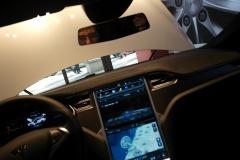 Tesla von Innen